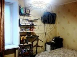 Двухкомнатная квартира в кирпичном доме.