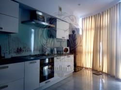 Двухуровневая 3-х комнатная квартира в центре ХБК  Гараж в доме