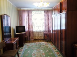 Трёхкомнатная квартира с большими комнатами.