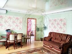 3-х комнатная квартира в кирпичном доме на 4-м Таврическом