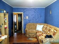 Двухкомнатная квартира на Лавренёва.