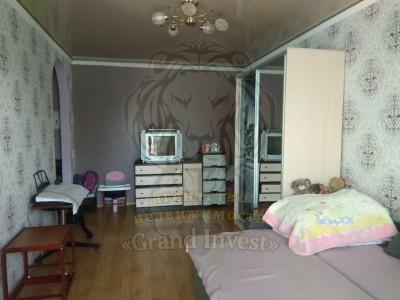 2  комнатная квартира с ремонтом на ХБК