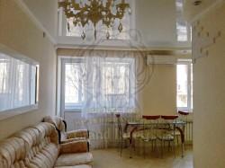 3-х комнатная квартира в центре по пл. Свобода